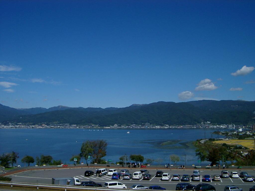 「諏訪湖」 おまけ 2003年10月05日の諏訪湖 「長野市map」  長野市写真情報